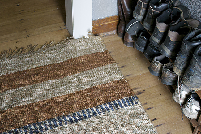 entry jute rug