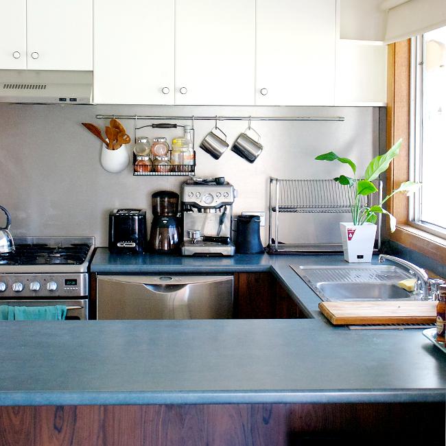 cabinets - white and woodgrain