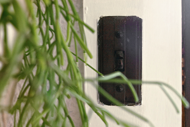 entry lightswitch