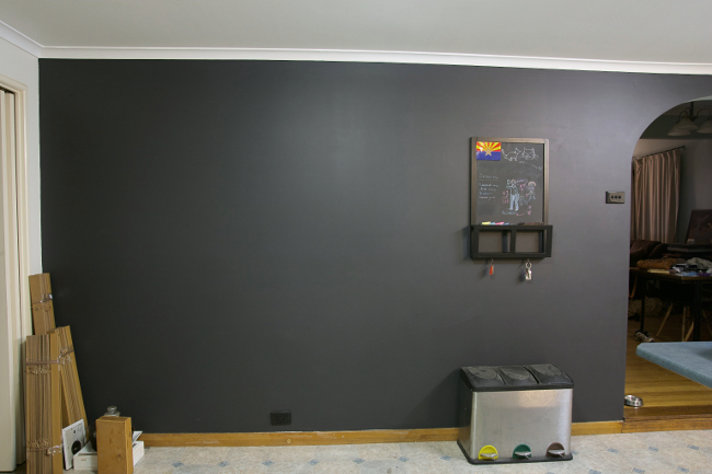 black kitchen wall 4