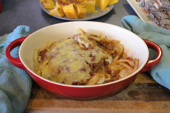 kangaroo chili fries